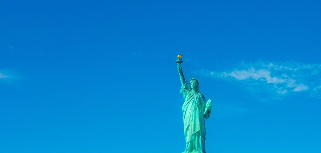 global recruiting - statue of liberty